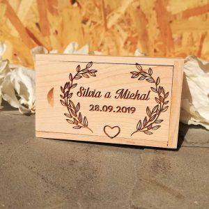 usb-krabicka-drevena-personalizovana-2