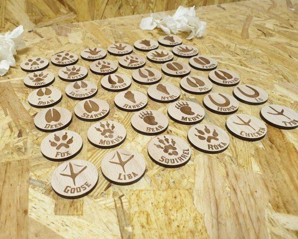 interaktivne-drevene-pexeso-lesnych-zvierat-anglicko-madarske---detail
