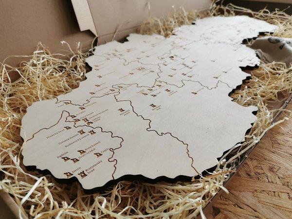 drevena mapa hradov zamkov a jaskyn slovenska nalepovacie hrady