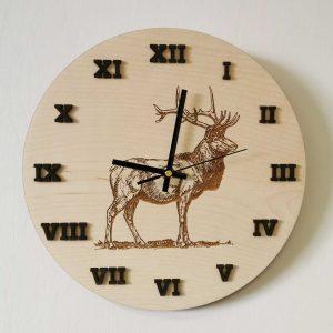 drevene-nastenne-hodiny-priroda-jelen