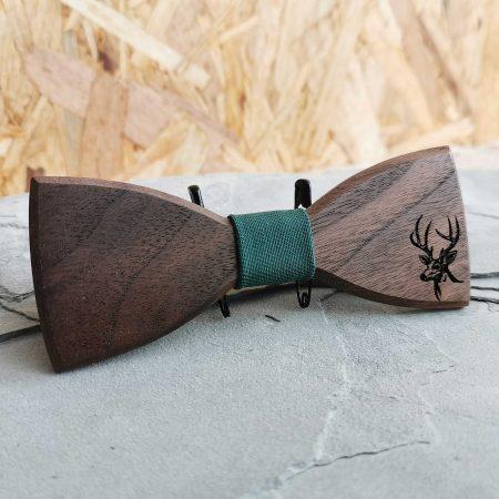 dreveny-motylik-orechove-drevo-polovnicky-vzor-jelen-1