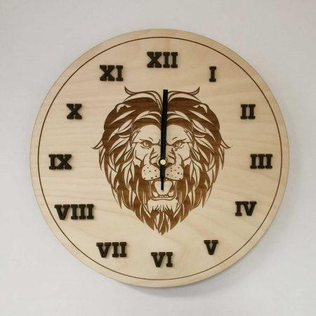 nastenne hodiny drevene lev safari